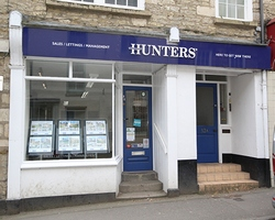 Gloucestershire Estate Agents - Hunters Wotton Square - CROP.jpg