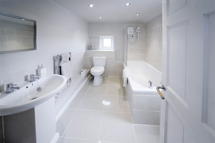 Bathrooms Are Never The Biggest Rooms In The House, And Sometimes They Can  Feel A Bit Cramped. With Lots Of Different Things To Fit Into A Bathroom,  ...