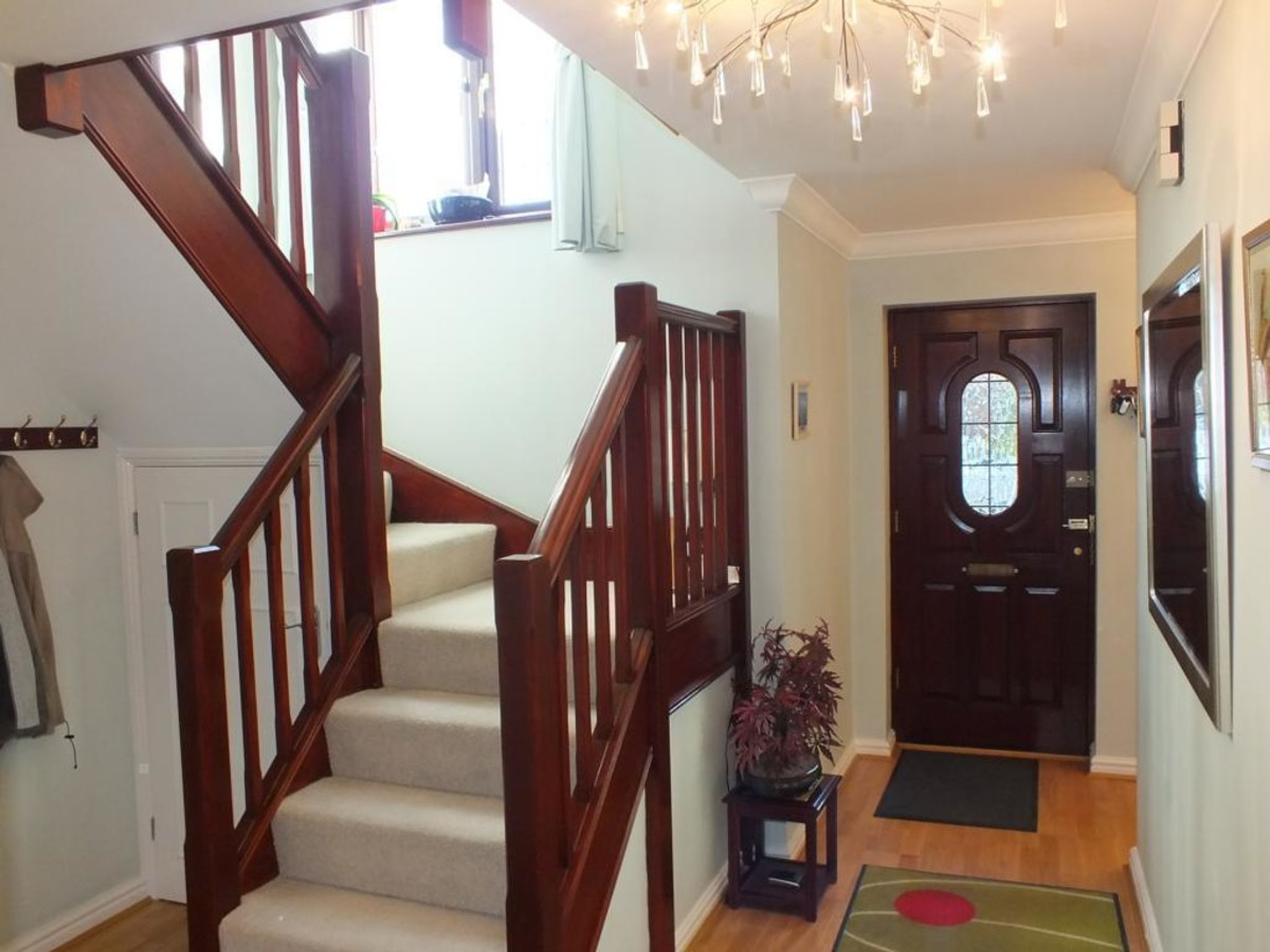 Entrance Hall/Staircase